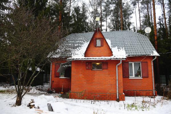 Дому, в котором живут знаменитости, уже 20 лет