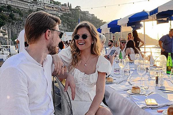 Никита Ефремов и Мария Ивакова перестали скрывать отношения