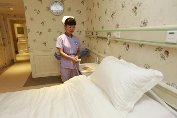 Китайская медицина творит чудеса и дает надежду в самых сложных ситуациях, Алла Борисовна помогла Саше уехать в Китай