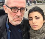 Телеведущий Александр Гордон тайно развелся с молодой женой
