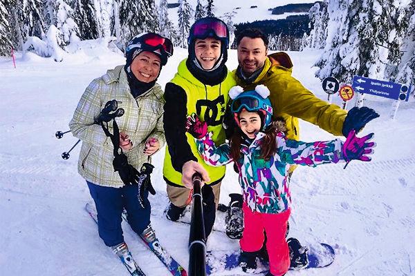 Семья артиста обожает активный отдых в горах