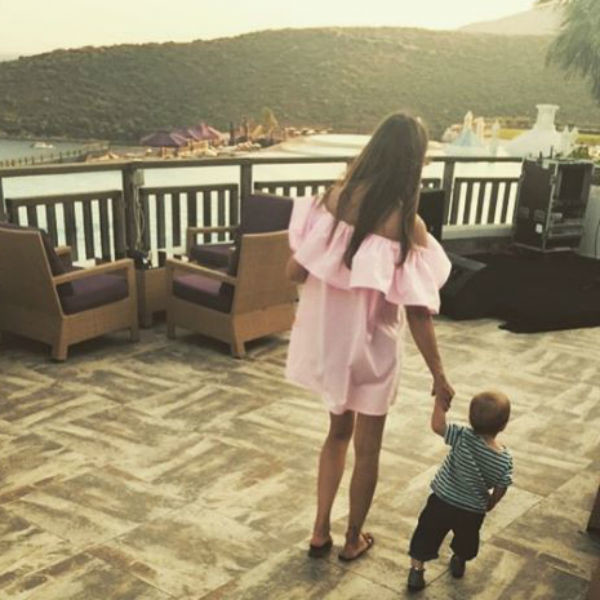 Актриса с маленьким сыном Федором