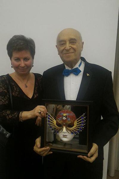 В этом году Владимир Этуш стал лауреатом престижной театральной премии «Золотая маска»