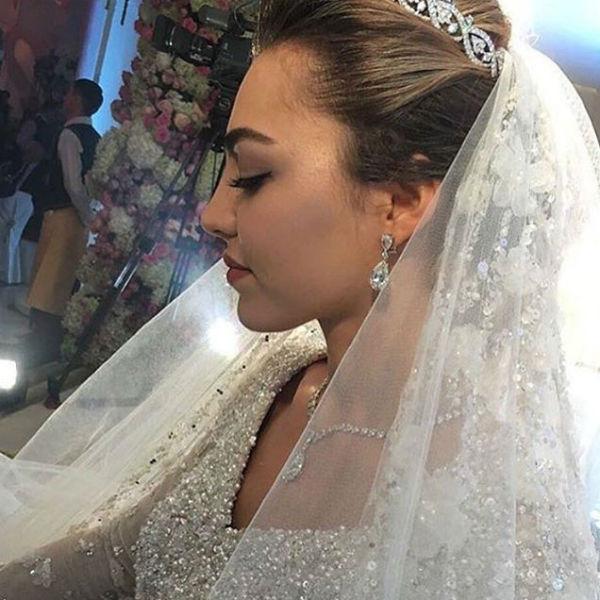 Красавице-студентке и будущему стоматологу Хадиже нет еще и двадцати лет