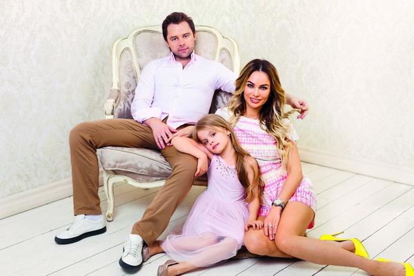 Дочь выбрала дату свадьбы родителей – Виталий и Ирина поженились 25 апреля