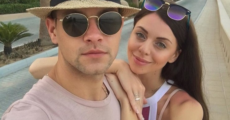 Участники «Дома-2» Рапунцель и Дмитренко устроили сказочный медовый месяц