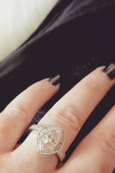 Обручальное кольцо Холли Мари стоит целое состояние