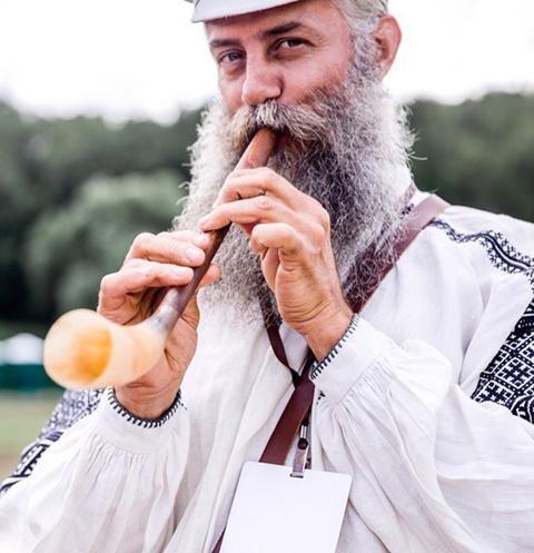 Участник фолк-фестиваля «Зарайская слобода»