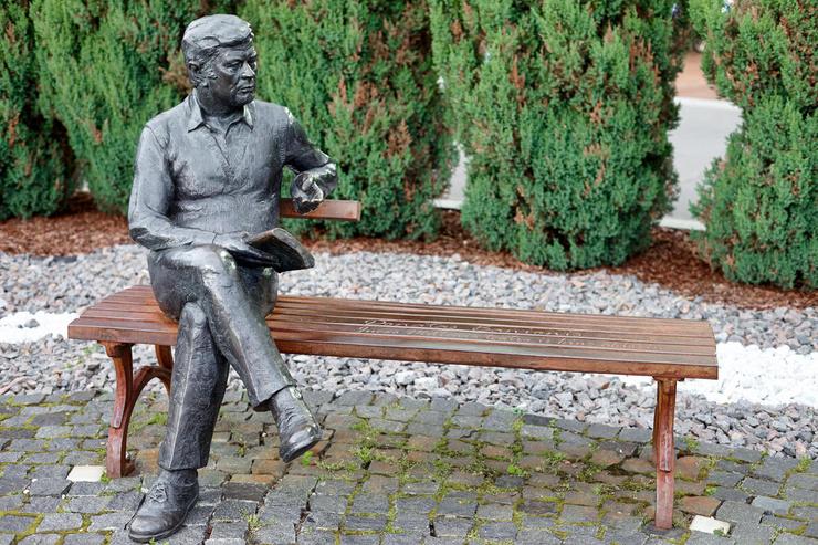 В литовском городе Друскининкай установили памятник выдающемуся актеру