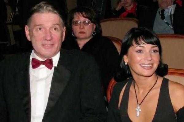 Александр Абдулов с женой Юлией