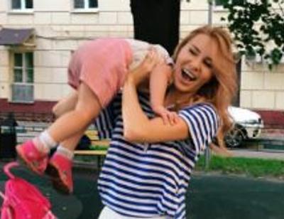 Элина Камирен отдала дочь в элитный детский сад