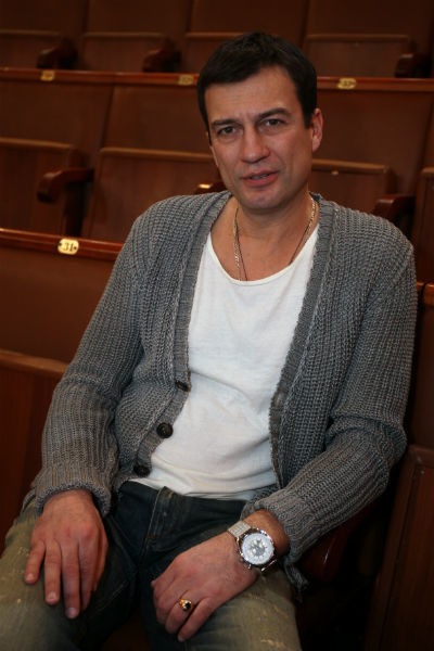 Чернышов успевает не только играть в театре, но и сниматься в кино