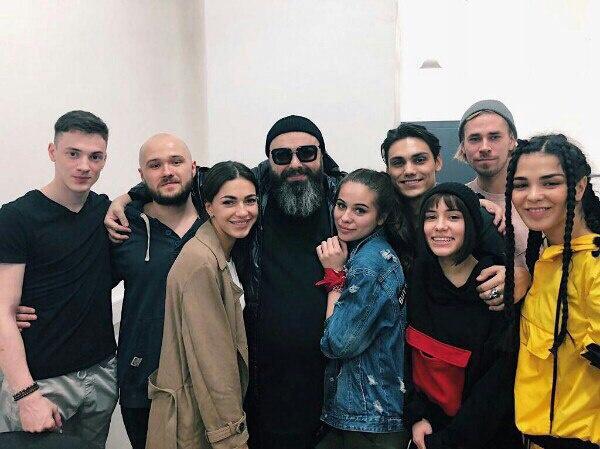 Команда лейбла MALFA Максима Фадеева в шоу «ПЕСНИ»