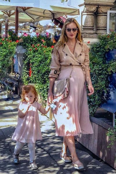 Елена Кулецкая с дочерью Никой