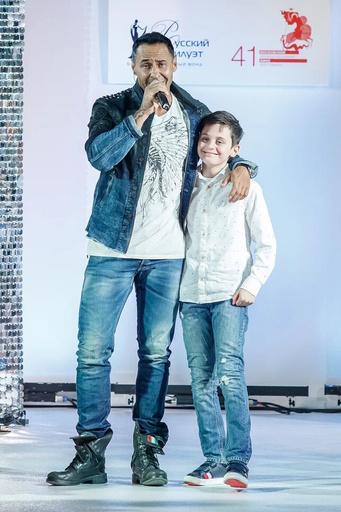 Стас Костюшкин с сыном