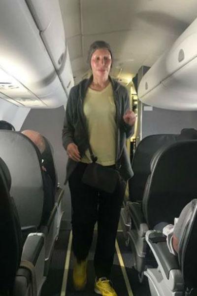 Татьяна Васильева на борту самолета