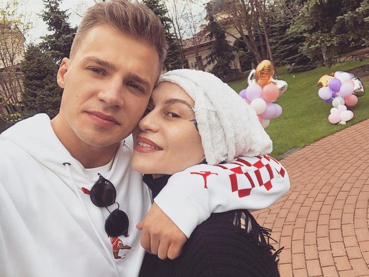 Олег считает, что в конфликте с Фадеевым права Наргиз