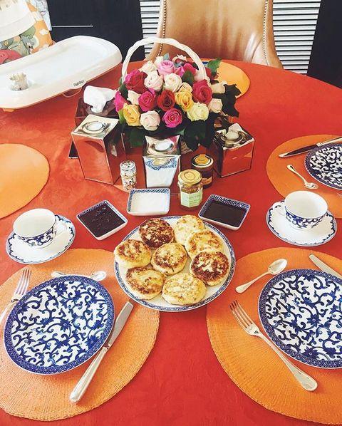 Завтрак в семье Татьяны Навки и Дмитрия Пескова