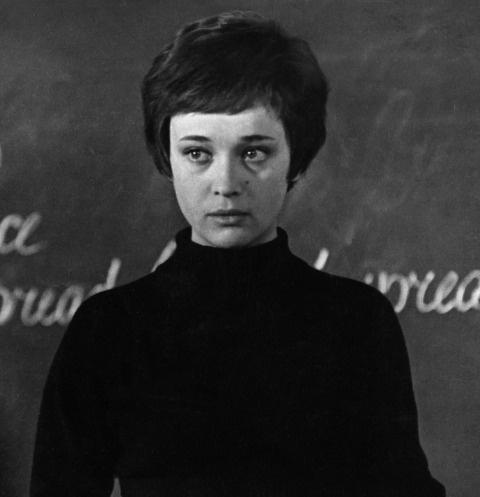 Ирина Печерникова в картине «Доживем до понедельника»