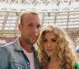 Денис Глушаков разделил имущество с экс-супругой
