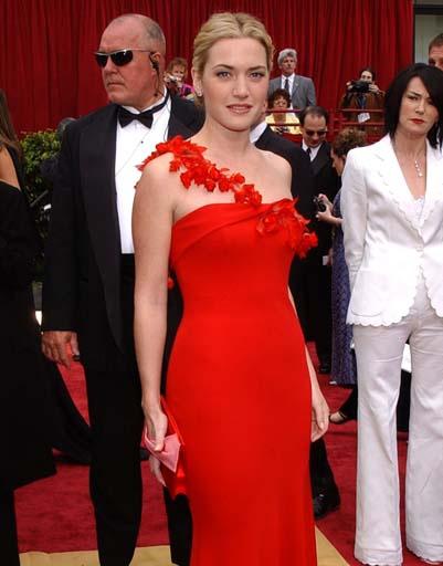 Кейт Уинслетт в платье от Бена де Лиси в 2002 году