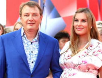 Новорожденный сын Марата Башарова получил роскошные подарки