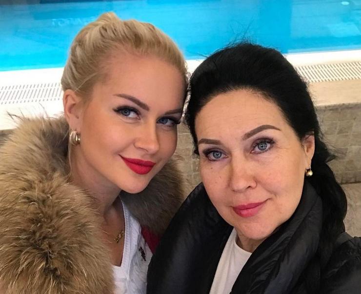 Татьяна Владимировна узнала о трагедии с дочкой от подписчиков