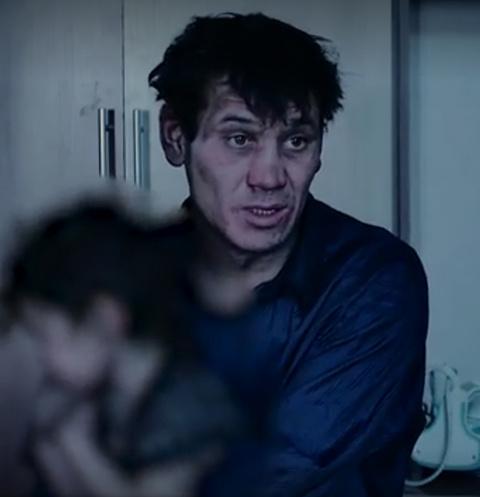 Александр боялся, что у него отнимут детей, поэтому сбежал из деревни в город