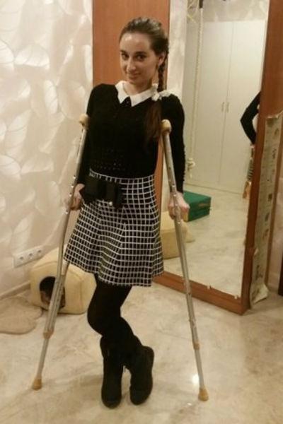 После произошедшей трагедии девушка заново училась ходить