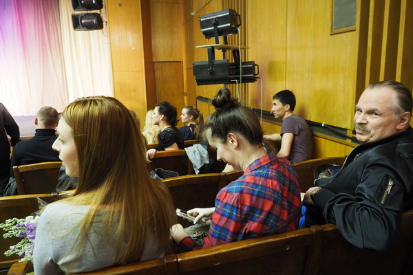 Наталья Подольская и Владимир Петрович Пресяков переживали за артиста в зале