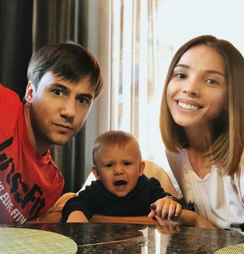 Иван Жидков и Лилия Соловьева с сыном Степаном