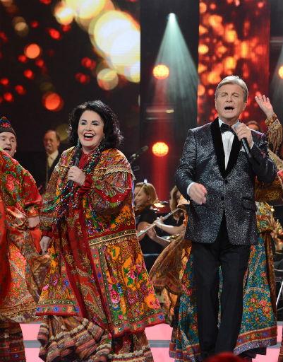 Лев Лещенко спел с Надеждой Бабкиной