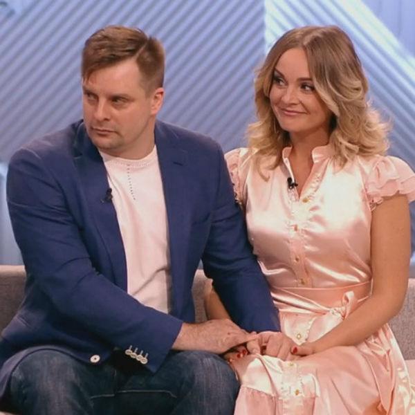 Александр и Настя рассказывали о своих чувствах на всю страну