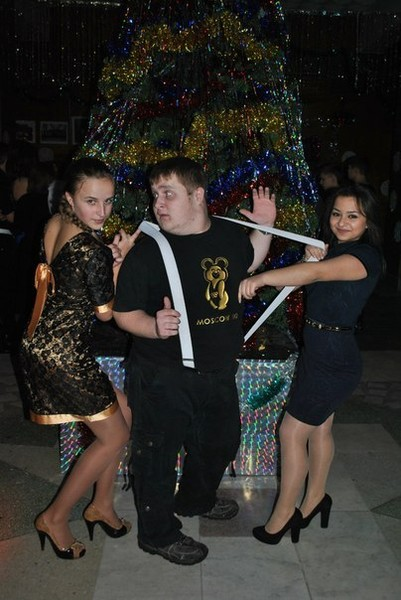 Дмитрий всегда пользовался успехом у девушек