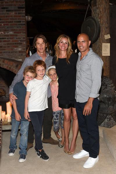 Джулия Робертс воспитывает с мужем троих детей