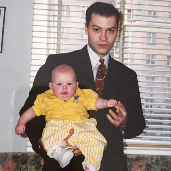 Светлана опубликовала в своем блоге архивное фото 1992 года
