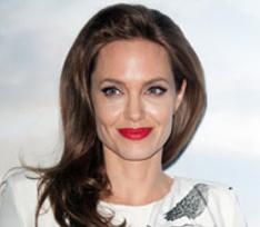 Мастер тату рассказала об интимных рисунках Анджелины Джоли