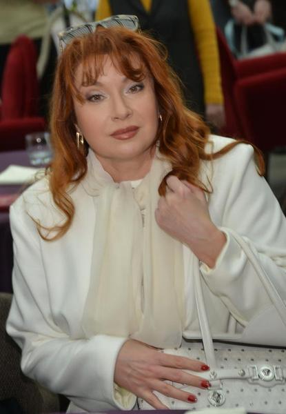 Актер уверяет, что не состоял в близких отношениях с Верой Сотниковой.