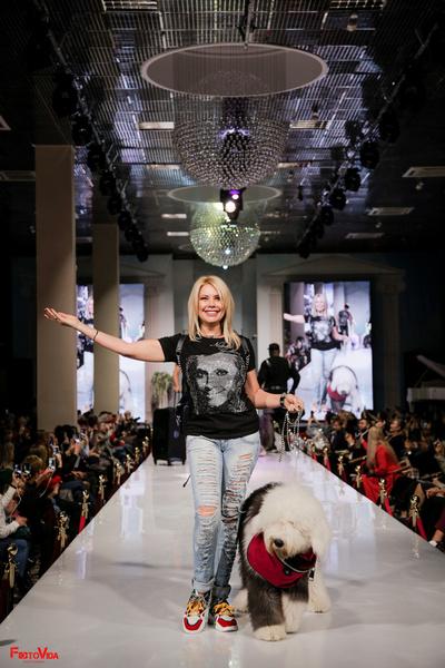 Стиль жизни: Наталия Гулькина дебютировала на Неделе моды как дизайнер и режиссер – фото №2