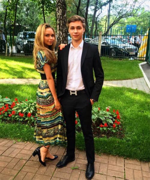 Стефания и ее двоюродный брат Дмитрий очень дружны