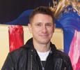 Тройной поцелуй Тимура Батрутдинова с неизвестными девушками попал на камеры