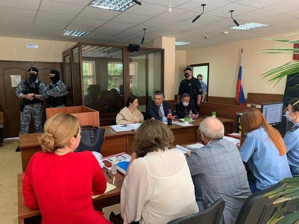 Михаил Ефремов отказался от адвокатов