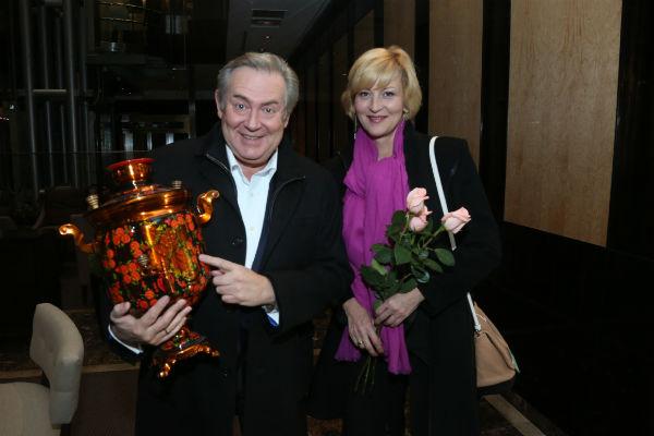 Артист с любимой супругой Еленой