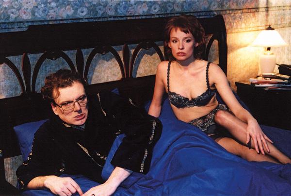 Эппле сыграла ветреную женщину. Однако в обычной жизни считает, что самый сексуальный орган мужчины – его... мозг  Во