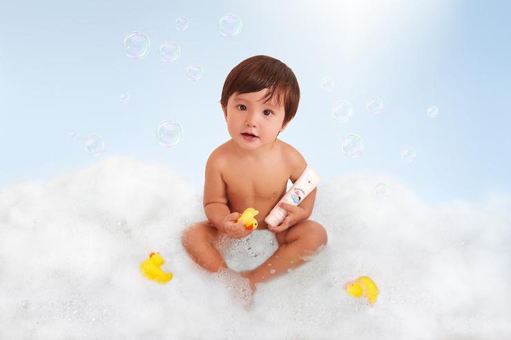 Детский набор Bambolino 0+ специально разработан для бережного и деликатного ухода за кожей малышей с первых дней жизни.