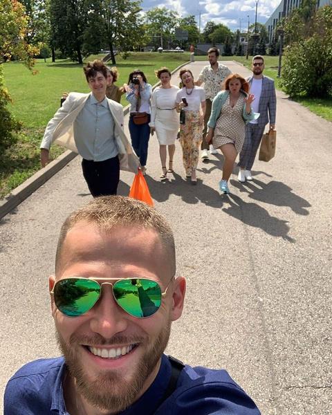 Гудков отметил торжество в кругу друзей