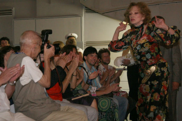 """Людмила Гурченко в августе 2010 года на премьере фильма """"Пестрые сумерки"""""""