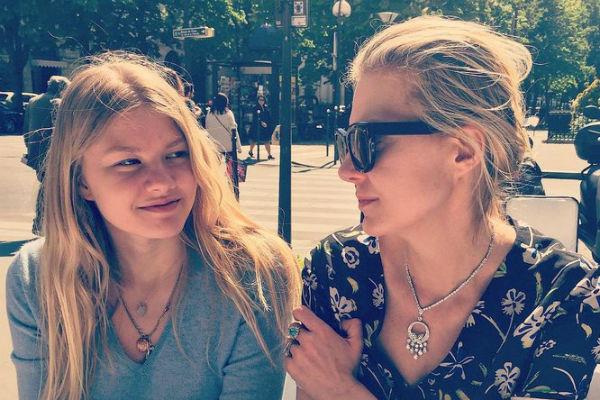 Рената Литвинова: «Земфира меня никогда не подводит»