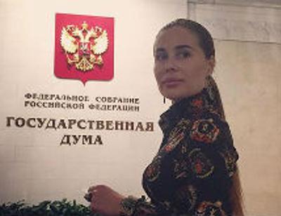 «Уральская пельмешка» Юлия Михалкова метит в депутаты