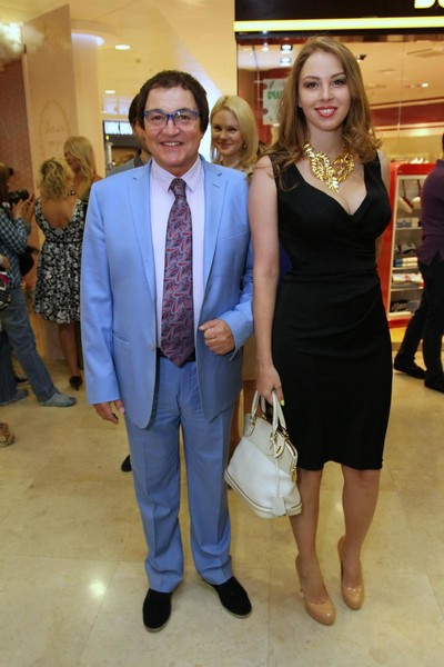 Дмитрий Дибров с супругом